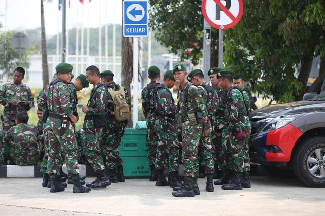 An ninh thắt chặt trước trận Olympic Việt Nam - Olympic Hàn Quốc - 4