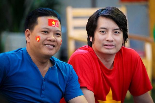 Tối 28/8, người hâm mộ bóng đá Việt Nam không khỏi xôn xao khi có thông tin khoá điện tử PHGLock tặng 100 suất trọn gói đi Indonesia xem trận chung kết. Giấc mơ vàng bóng đá nam Asiad 18 chính thức khép lại, nhưng hành trình vẫn chưa kết thúc.