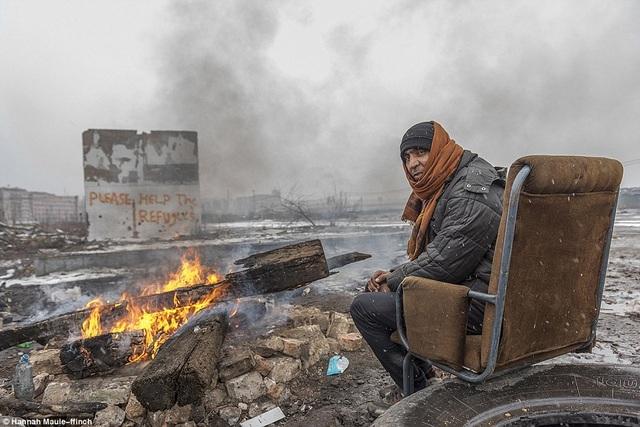 Một người tị nạn ở Belgrade, Serbia.