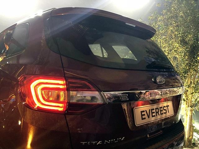 Ford Everest trở lại thị trường Việt Nam với giá 1,1 tỉ đồng - 4