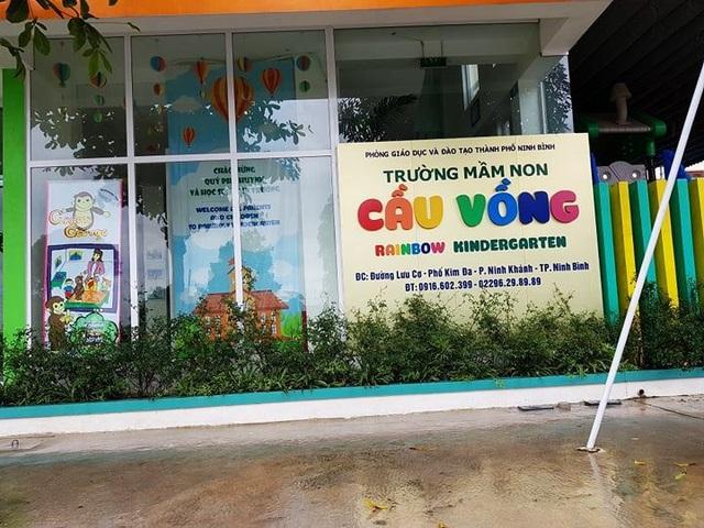 Trường Mầm non Cầu Vồng (thành phố Ninh Bình) - nơi xảy ra việc xô xát giữa các học sinh trong giờ học.