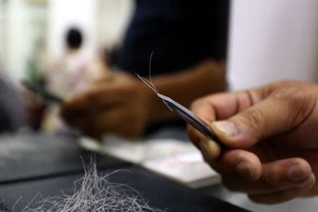 """Đối phó tóc bạc sớm ngay trong giai đoạn """"im lặng"""" - 2"""