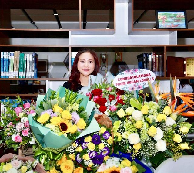 Chị Nguyễn Thị Thành - Tổng Giám đốc Công ty TNHH du lịch dich vụ và thương mại NTD - là một học viên tích cực trong chương trình đào tạo MBA của FSB.