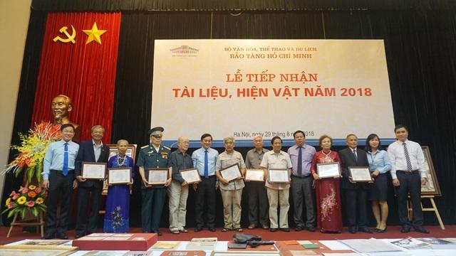 Bảo tàng Hồ Chí Minh gửi thư cảm ơn cho các cá nhân đã tặng hiện vật cho Bảo tàng Hồ Chí Minh.