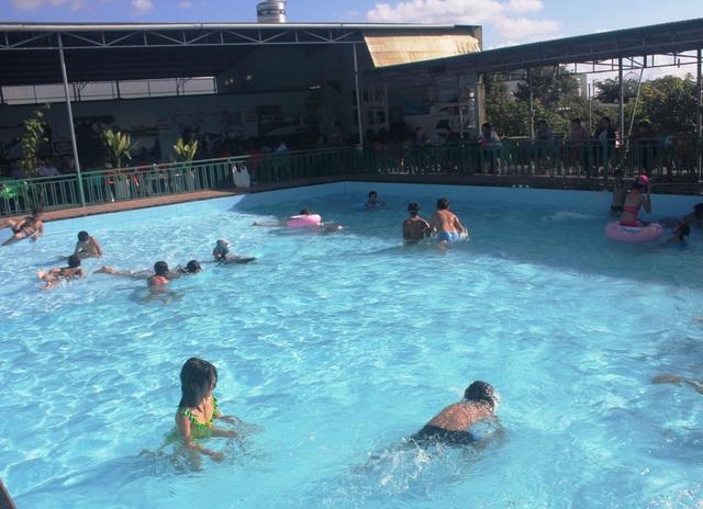 Đây là hoạt động giúp các em giải trí và mùa hè và phòng tránh đuối nước