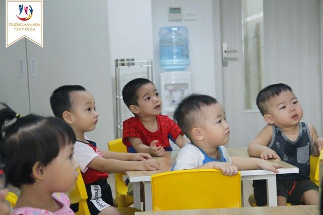 """Chương trình kích hoạt phát triển tư duy toán"""" của PGS.TS Lê Anh Vinh thu hút và kích thích sáng tạo trẻ nhỏ"""