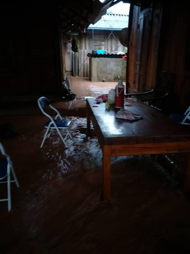 Phòng học vi tính, phòng lab và khu nội trú của học sinh bị thiệt hại nặng nề