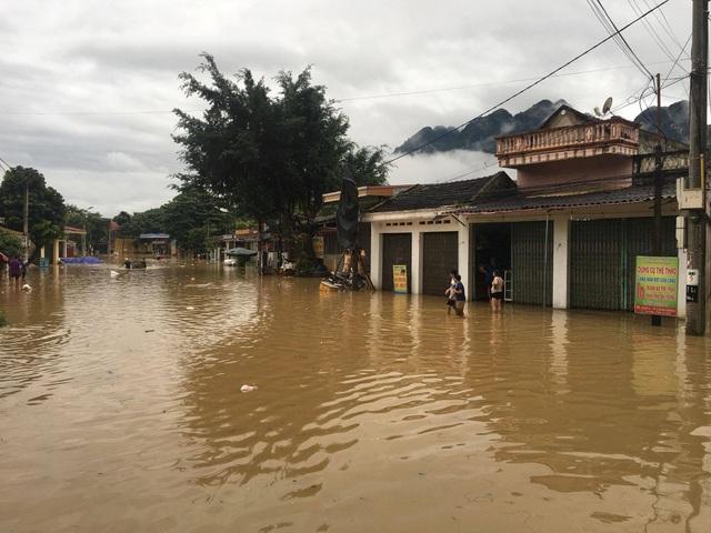 Nhiều nơi tại huyện Bá Thước bị ngập lụt