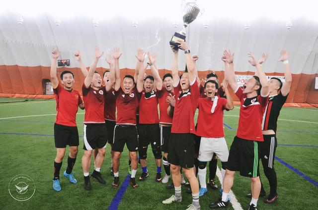 Đội Boston Red Lobster giành ngôi vô địch tại giải đấu.