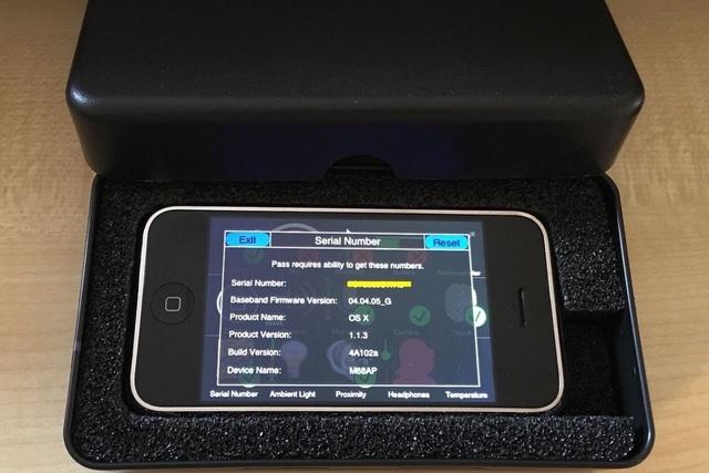 Nguyên mẫu iPhone phiên bản đầu được rao bán vẫn còn hoạt động được