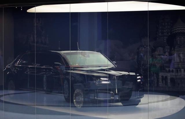 Chiếc limousine Aurus Senat mới tương tự siêu xe của Tổng thống Putin đã được trưng bày tại triển lãm ô tô quốc tế Moscow, sự kiện được tổ chức hai năm một lần tại Nga, từ ngày 29/8-9/9.