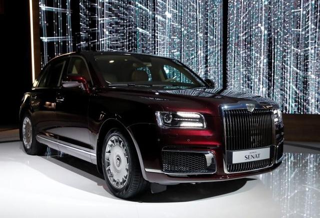 Những hình ảnh về Aurus cho thấy mẫu xe limousine này có vẻ ngoài khá tương đồng với dòng limousine đắt đỏ như Rolls Royce Phantom và Rolls Royce Ghost.