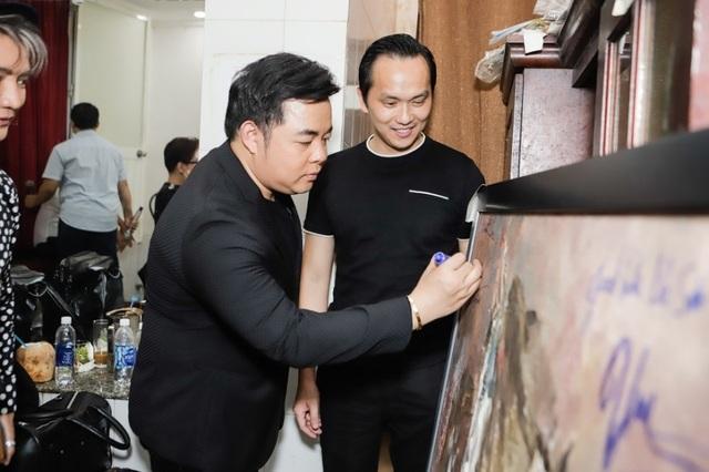 Doanh nhân Nguyễn Mạnh Hà ủng hộ Mai Phương 200 triệu - 4