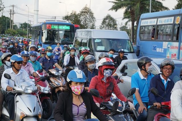 Hiện, xe máy chiếm hơn 90% phương tiện giao thông tại TPHCM