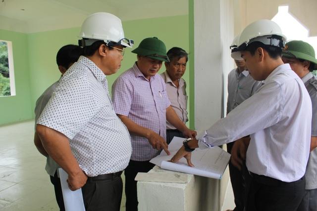 Lãnh đạo tỉnh đi kiểm tra công trình trường THPT Võ Chí Công