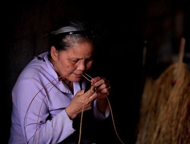 Nét đẹp phụ nữ Việt Nam trong lao động qua con mắt của Lê Bích - 4