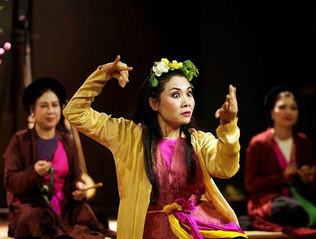 Nét đẹp phụ nữ Việt Nam trong lao động qua con mắt của Lê Bích - 8