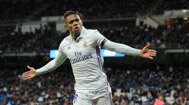 Real Madrid trao áo số 7 cho Mariano Diaz