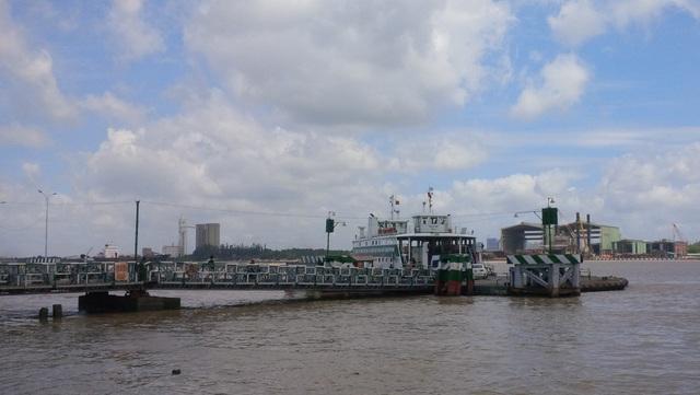 Bến phà Cát Lái, nơi dự kiến sẽ xây dựng cầu Cát Lái