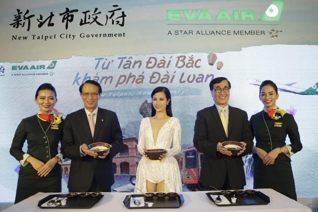 Tại chương trình, ngoài việc được nhận những tư liệu hấp dẫn về bí quyết du lịch giá rẻ tại Đài Loan, khán giả còn được hiểu thêm về văn hóa và thưởng thức những món đặc sản hấp dẫn của xứ Đài