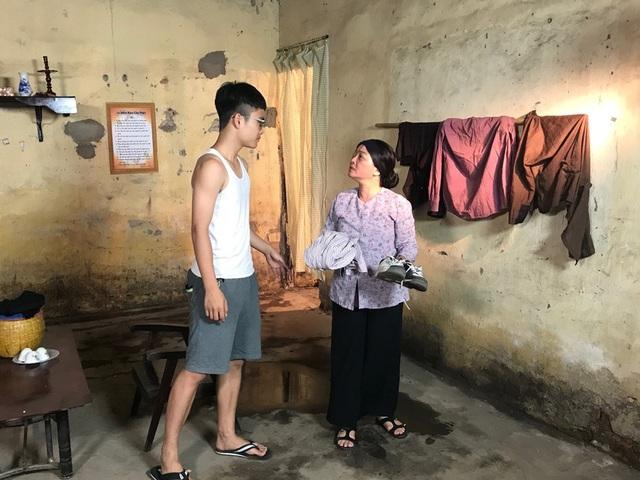 Con trai nghệ sĩ Trà My tham gia phim với tư cách người con khi còn trẻ.