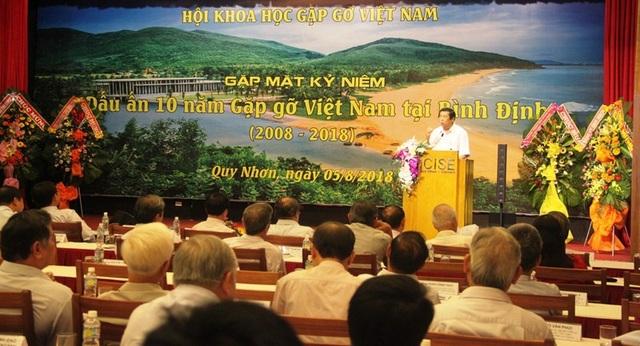 """Hội Khoa học Gặp gỡ Việt Nam tổ chức gặp mặt kỷ niệm """"Dấu ấn 10 năm dừng chân tại Bình Định""""."""