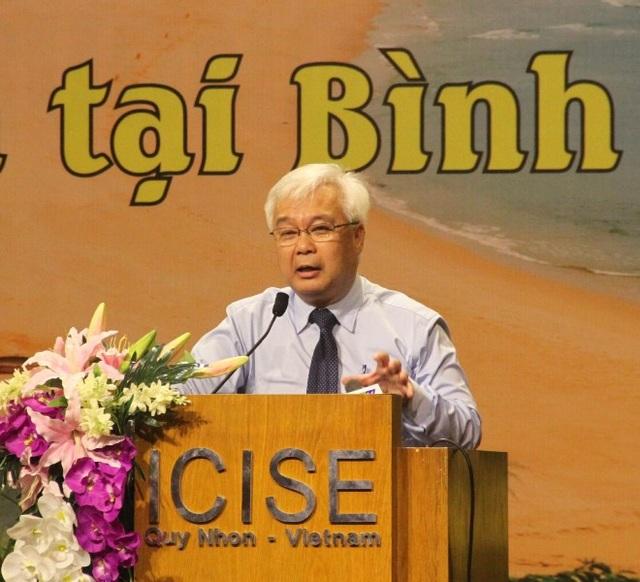 Ông Phan Thanh Bình - Ủy viên Trung ương Đảng, Chủ nhiệm Ủy ban Văn hóa, Giáo dục, Thanh niên, Thiếu niên và Nhi đồng của Quốc hội phát biểu tại lễ kỷ niệm.
