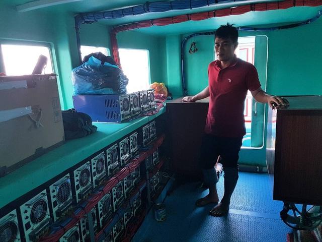 Phú Yên: Ngư dân thu tiền tỷ mỗi chuyến vươn khơi - 4