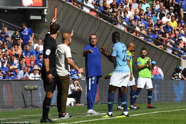 HLV Sarri chưa tạo được dấu ấn trong lần đầu tiên ra mắt người hâm mộ bóng đá Anh