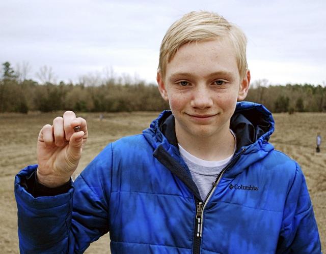 Cậu bé 14 tuổi người Mỹ là chủ nhân của viên kim cương nâu kích thước 7.44 carat