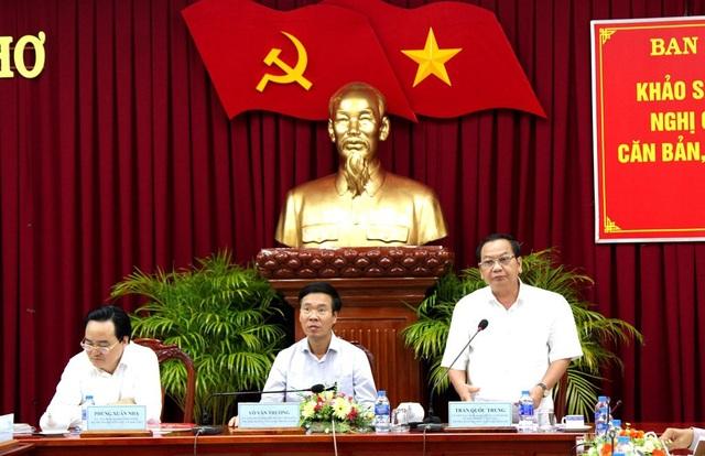 Ông Trần Quốc Trung - Bí thư Thành ủy Cần Thơ phát biểu tại buổi làm việc