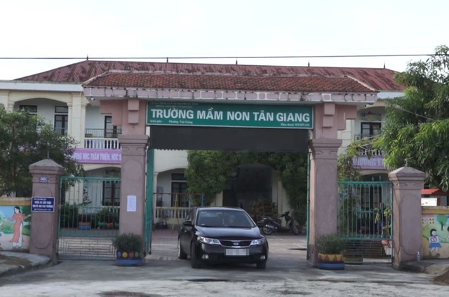 Trường mầm non Tân Giang trở thành điểm nóng trong công tác tuyển sinh.