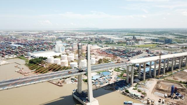 Điểm đầu tại quận Hải An, TP. Hải Phòng và điểm cuối là thị xã Quảng Yên, Quảng Ninh
