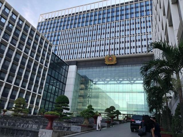 Thủ tướng Chính phủ ban hành Nghị định số 01, sắp xếp lại Bộ máy Bộ Công an. 6 Tổng cục bị xoá bỏ.