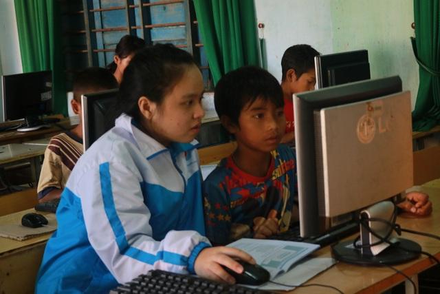 Đây là chương trình do những trí thức trẻ trực tiếp tổ chức và hoạt động. (Ảnh: Ngọc Huyền)