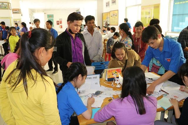 Thí sinh đăng ký xét tuyển ở trường Đại học Trà Vinh