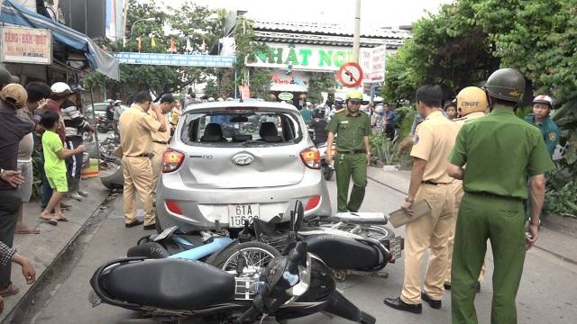 Hiện trường vụ tai nạn khiến 3 người bị thương