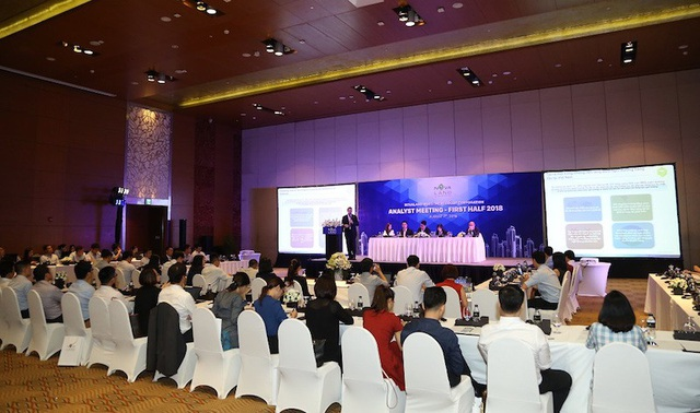 Đông đảo chuyên gia tài chính, nhà đầu tư đến tham dự buổi Analyst Meeting của Novaland