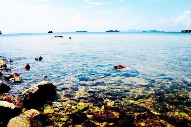 Trong hành trình khám phá quần đảo Hải Tặc, du khách sẽ được thả mình trên những bãi biển hoang sơ và thơ mộng làm say lòng du khách. Ảnh: @layla321510