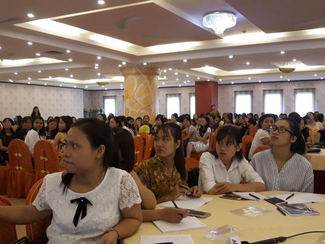 Tất cả các giáo viên tiếng Anh tiểu học trên địa bàn tỉnh Thanh Hóa được tham gia buổi tập huấn.