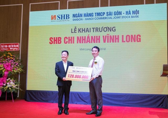 Không ngừng nâng cao chất lượng dịch vụ, SHB khai trương chi nhánh mới tại Vĩnh Long - 2