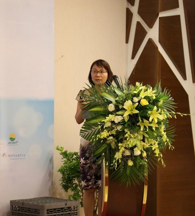 Ths.BS Bùi Thị Hồng Nhu báo cáo tại hội nghị.