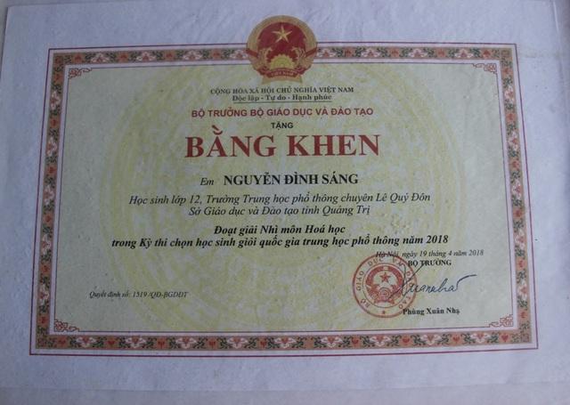 Bằng khen của Bộ trưởng Bộ GD-ĐT tặng em Nguyễn Đình Sáng