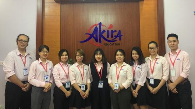 Đội ngũ Akira luôn sẵn sàng hỗ trợ các bạn du học sinh tại cả Việt Nam và Nhật Bản.
