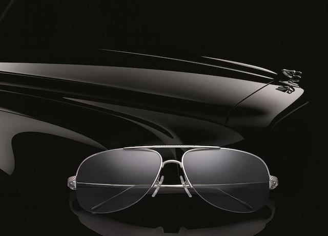 Kính mắt Bentley là một trong những thương hiệu tiên phong sản xuất các dòng sản phẩm dành cho quý ông, Cá tính, mạnh mẽ nhưng trang nhã - những đặc trưng của thương hiệu Anh Quốc này.