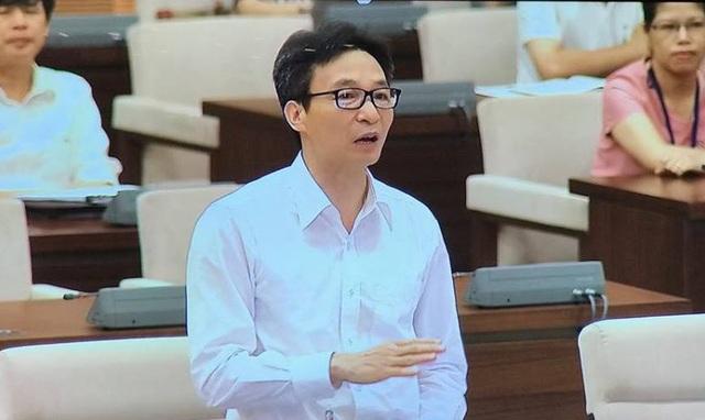 Phó Thủ tướng Vũ Đức Đam phát biểu trước UB Thường vụ Quốc hội
