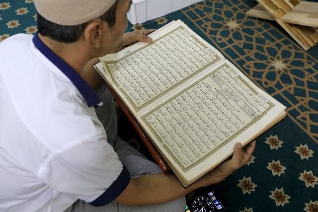 Quyển sách kinh thánh của người Hồi giáo.