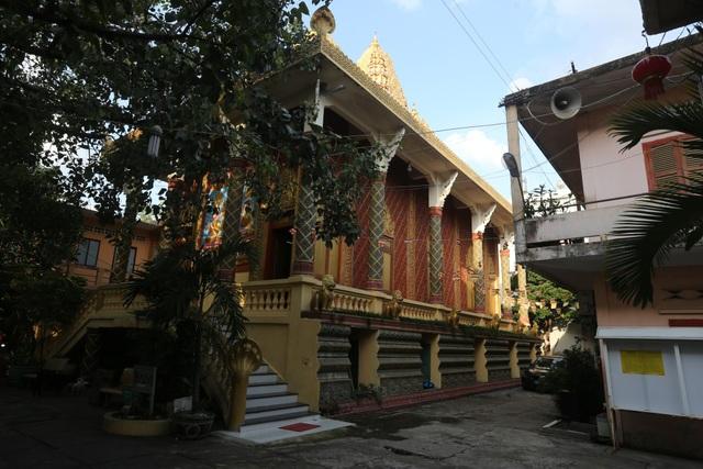 Nơi đây là chốn tu hành của các nhà sư theo trường phái Nam Tông và hầu hết bà con dân tộc Khmer Nam bộ ở Sài Gòn.