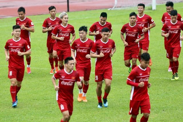 Đội bóng của HLV Park Hang Seo chủ yếu chỉ tập nhẹ trong chiều 9/8