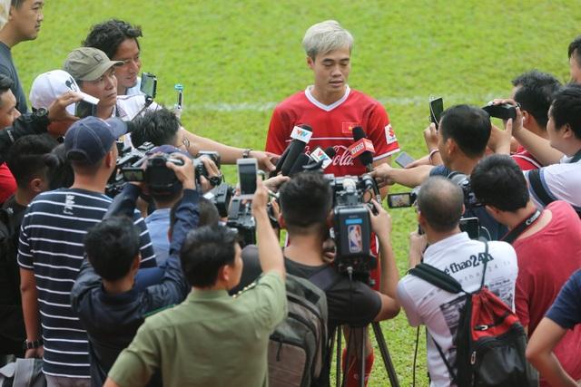 Giới truyền thông cũng chú ý đến đội ở thời điểm này